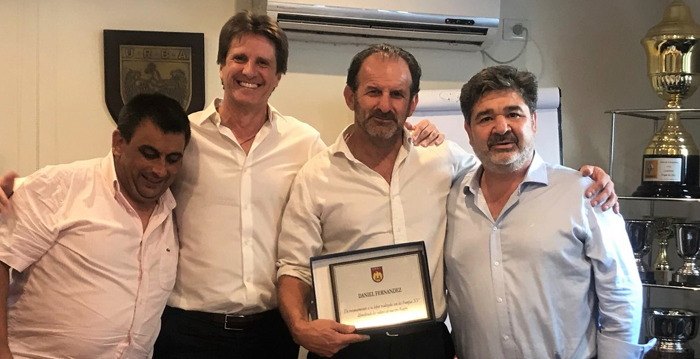 Reconocimiento de la URBA a Daniel Fernández creador de Pumpas XV