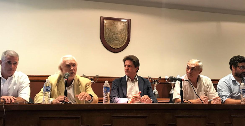 Encuentro de debate y reflexión en la URBA